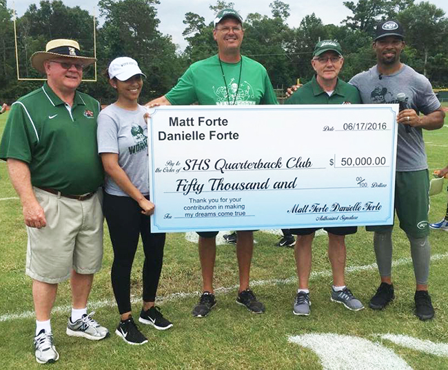 SHS Alumnus, Matt Forte, made a substantial donation of time and money to the SHS Football program.
