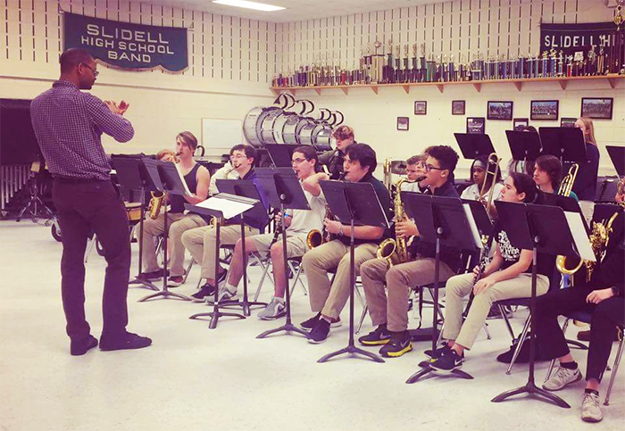 Jason Marsalis teaches the SHS band through the Jazzkids program sponsored by the Dew Drop Jazz and Social Hall.